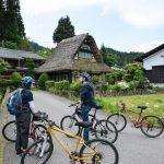 Genieße eine Fahrradtour durch das abgelegene Japan in Hida Furukawa