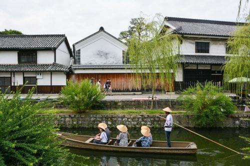 Der Postkarteneffekt ist mit diesen hübschen Booten garantiert! Kurashiki, Bikan, Japan