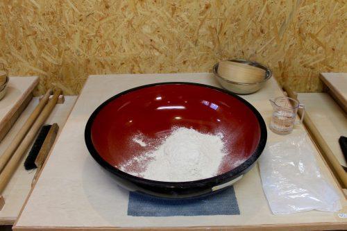 Mehl in einer Schüssel