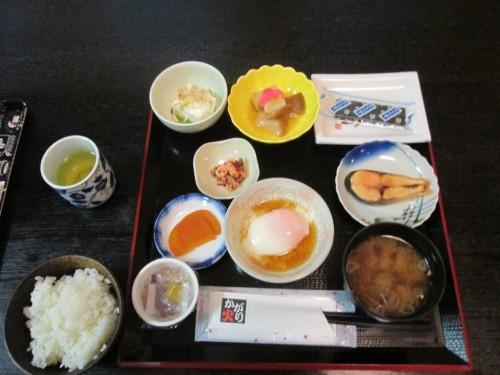 Cena en el hotel Hachiman Onsen.