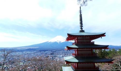 Vue de la pagode Chureito sur le Fuji