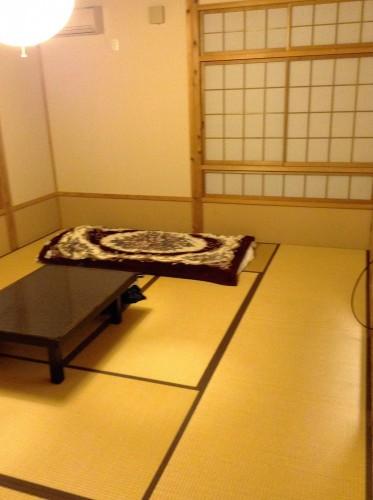 Chambre d'un minshuku de Yamakoshi, Niigata, Japon.
