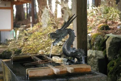The beautiful temizuya in Fuji Sengen Shrine