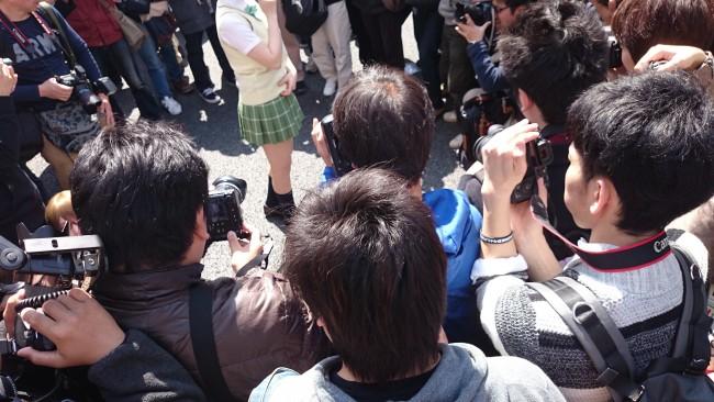 Osaka Cosplay Street Festival et ses cosplayers dans les rues d'Osaka au Japon