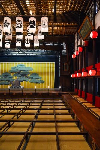 L'intérieur de la salle Kanamaru-za à Kotohira, dans la préfecture de Kagawa ( Takamatsu), Shikoku