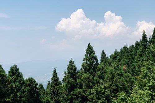 Point de vue depuis les routes de montagne près de Toon, Ehime, Japon