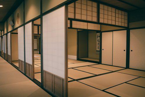 Reproduction de l'une des salles de thé de Sen no Rikyu, maître de la cérémonie du thé, Sakai, Osaka, région de Kinki, Japon