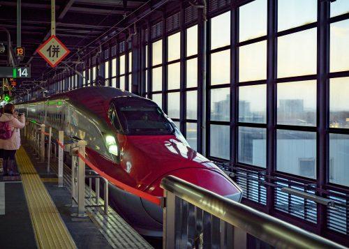 Le shinkansen Komachi, qui relie Tokyo à la préfecture d'Akita