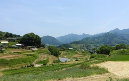 Paysage rural à Takachiho (Miyazaki, Kyushu), là où les bœufs de Takachiho sont élevés