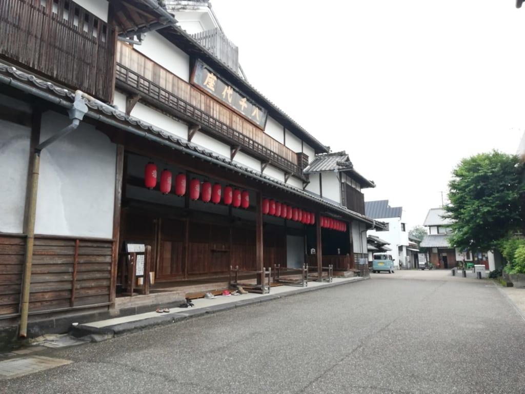 Le théâtre de Yachiyoza dans la ville de Yamaga