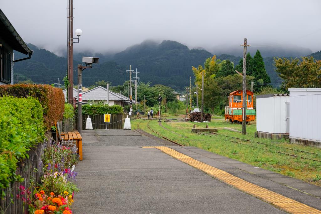 Ligne ferroviaire Minamiaso, qui relie Takamori et Nakamatsu