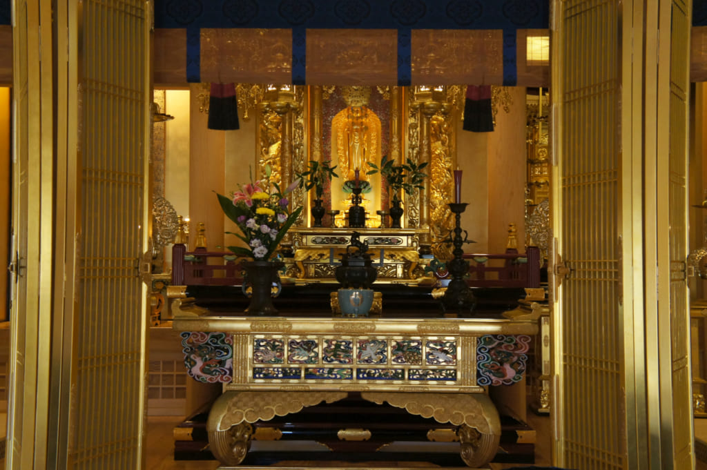 L'autel du temple Zenriyuji à Kikuchi