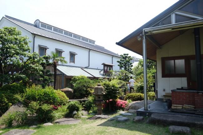 Kobe sake pickles museum, garden