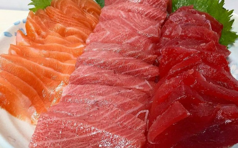 sashimi,japanese,osaka,horse,seafood,sex,machine