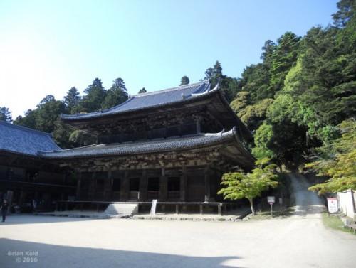 intricate architechture of Engyo-ji in Shosha