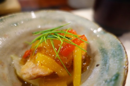 The sixth course, Sumono (酢物), was salmon nanban-zuke (南蛮漬け; fried fish in vinegar sauce), which delightfully cleansed the tastes in our mouths again, this time with acidity.