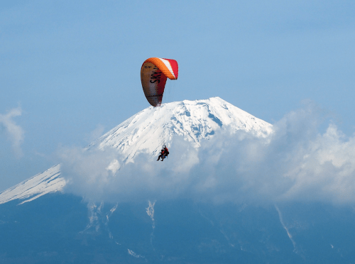 paraglide in japan give you unforgettable memory!
