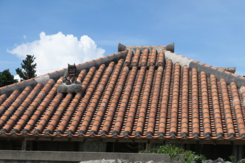 Another Shisa Statue Protecting a Family Home in Taketomi