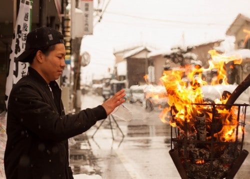 Enjoy with locals at the Secchu Hanamizuiwai Festival in Uonuma city