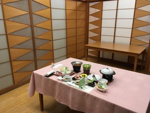 vegetarian dinner cuisine at Yahata-ya ryokan