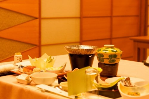 Yahata-ya ryokan includes a private dinner, and a buffet style breakfast.