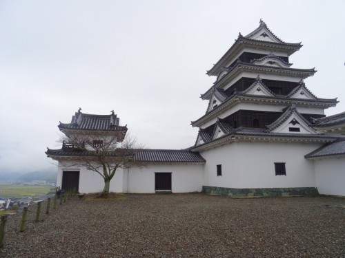 Ozu Castle: Discover the Famed Reconstructed Castle in Shikoku, Japan.