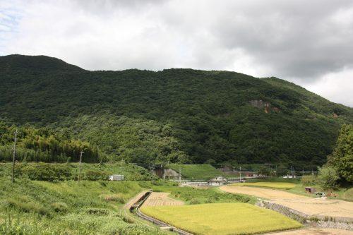Discover the hiking at Kawara in Kyushu Island in depth, in Japan.