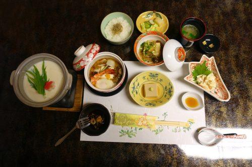 Mt. Oyama's famous tofu cuisine