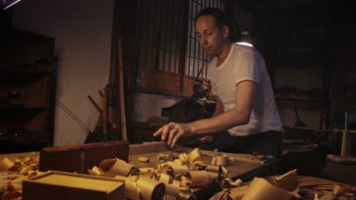 Hans Koga grating wood