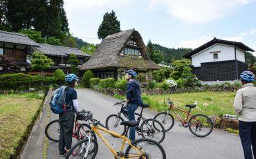 Ländliches und traditionelles Japan mit dem Fahrrad in Hida Furukawa kennenlernen