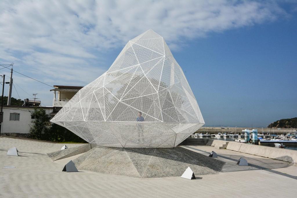 Installation von Su Fujimoto, Naoshima, Kagawa, Japan