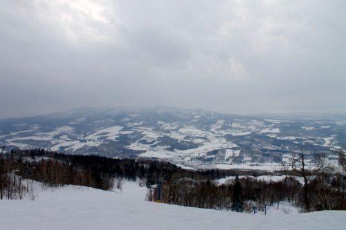 Kamui Ski Links und außergewöhnlicher Puderschnee in Hokkaido, Japan.