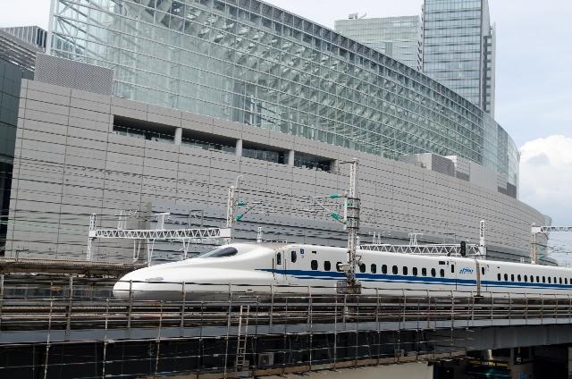 Tren bala Shinkansen en Japón.