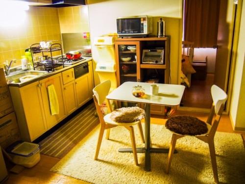 Cocina de un apartamento en la plataforma Couchsurfing