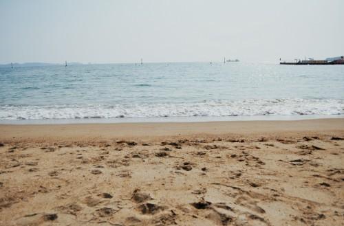 Playa artificial de Ogigahama en la ciudad de Tanabe (Japón)