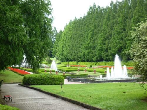Precioso jardín francés del Parque Samagihara (Japón)