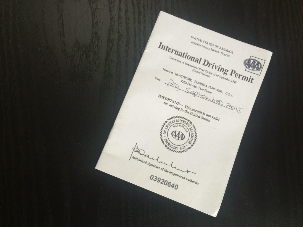 Permiso de conducción internacional expedido en EEUU.