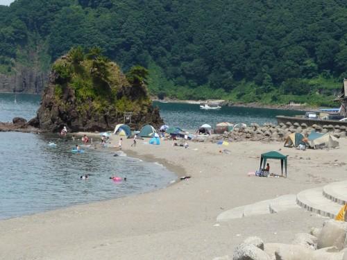 Playa Goishi, Niigata, en el Mar de Japón.