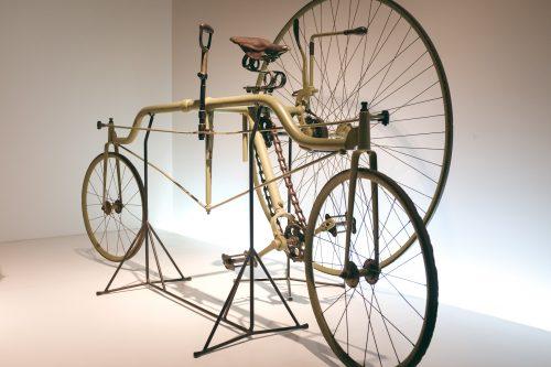 Distintos modelos de bicicletas. Sakai, Osaka, Japón.