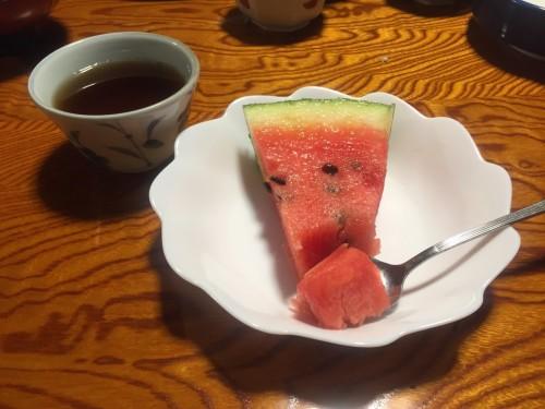 Le dessert à Wakashisou : De la pastèque, un fruit assez cher au Japon !