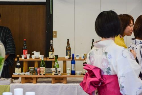 Le village de potiers d'Okawachiyama tout près d'Imari avec son festival et ces degustations de saké