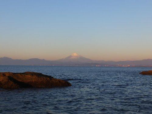 Vue sur le Mont Fuji depuis la fosse de Chigogafuchi