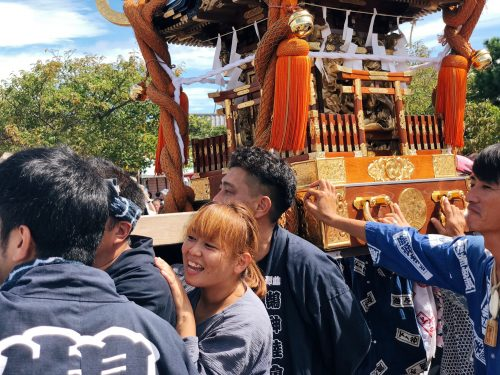 Japanese carry the Mikoshi