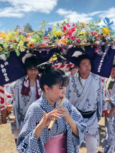 A Bayashi flute player