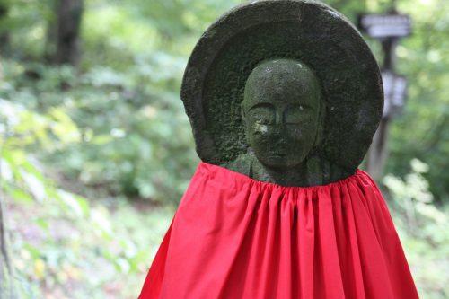 Statue de Jizo au temple Daisenji, au pied du Mt Daisen, préfecture de Tottori, Japon
