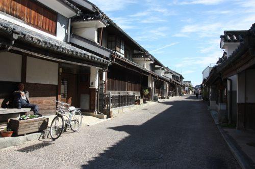 Rue principale du quartier historique d'Udatsu, Mima, Tokushima, Shikoku, Japon