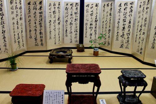 Paravent et laque exposés au festival Machiya Byobu de Murakami, préfecture de Niigata, Japon