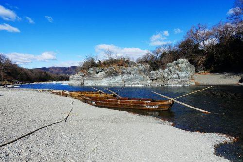 Bateaux traditionnels dans la vallée de Nagatoro, près de Chichibu dans la préfecture de Saitama, Japon