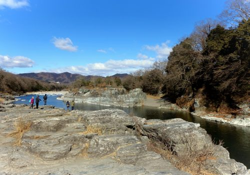 Les abords de la rivière Arakawa à Nagatoro, près de Chichibu dans la préfecture de Saitama, Japon