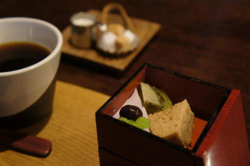 Dessert au Café Kotodama : café gourmand